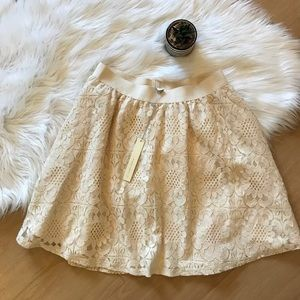 Lauren Conrad LC floral lace swing skirt NWT